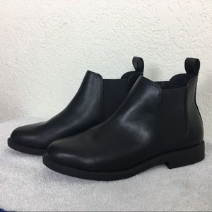 H&M Black Faux Leather Slip-on Bootie 5.5